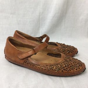 Pikolinos  Mary Jane Driving Loafer Flats  Shoe